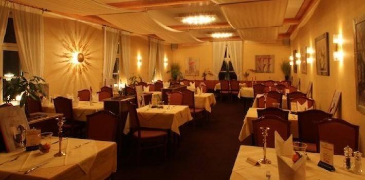 Hotel Doppeladler Rees - Gastraum